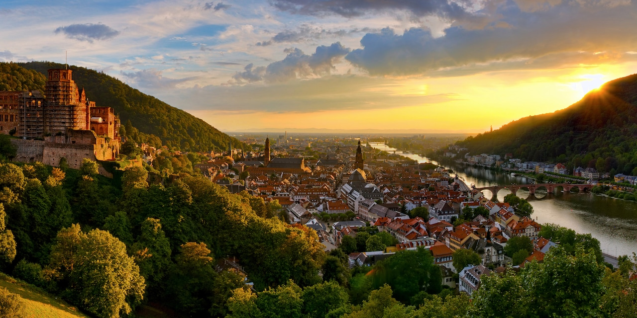 The old town of Heidelberg, between a medieval castle and a river
