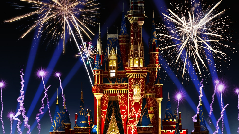 Cores vibrantes iluminam o Cinderella Castle enquanto a queima de fogos ilumina o céu