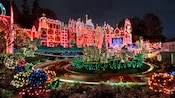 at disneyland park - Disneyland Christmas Decorations
