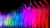 Friends use Disney FASTPASS Service to see the World of Color show