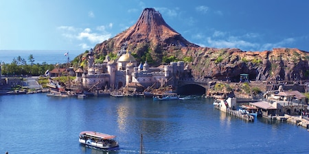 The Mediterranean Harbor at Tokyo DisneySea with Mysterious Island in the background