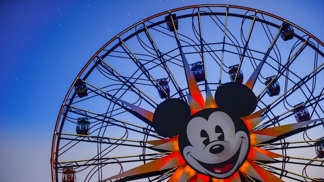 Mickey's Fun Wheel features Mickey's face in the center of the enormous circle