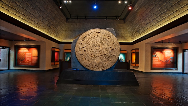 Close-up de um mosaico de arte folclórica mexicana