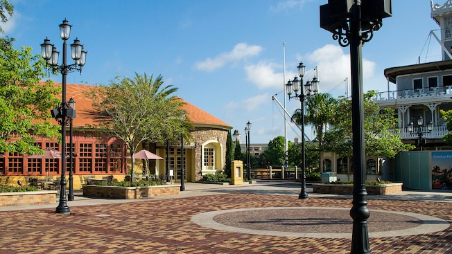 Riverboat Square, the outdoor performance area in front of Portobello Country Italian Trattoria and Paddlefish