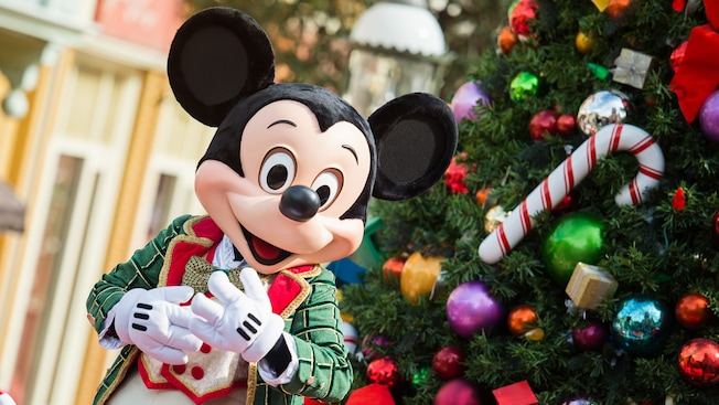 https://secure.parksandresorts.wdpromedia.com/resize/mwImage/1/630/354/75/wdpromedia.disney.go.com/media/wdpro-assets/parks-and-tickets/special-events/mickeys-very-merry-christmas/mvmcp-hero-mickey-16x9.jpg?17112017143843