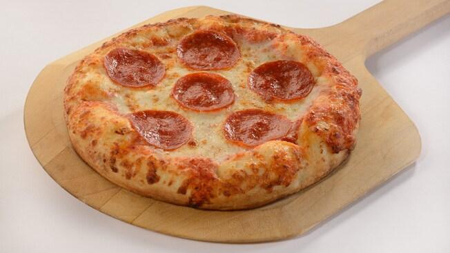 Una pizza de pepperoni individual