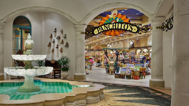 Fuente al lado de Panchito's Gifts & Sundries en Disney's Coronado Springs Resort