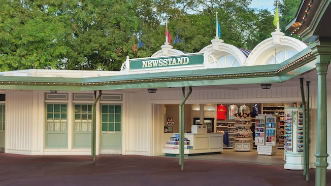 A loja de presentes e itens diversos Newsstand na entrada do Magic Kingdom Park
