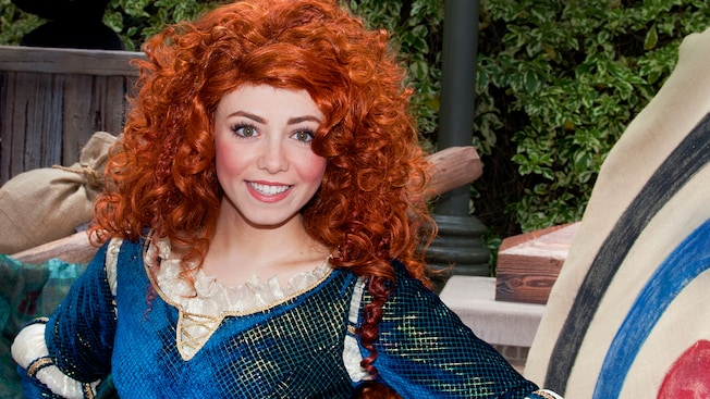 Merida smiles big at her Disney Character meet-and-greet location