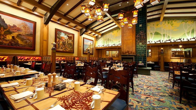 Storytellers Caf 233 Hotel Dining Disneyland Resort