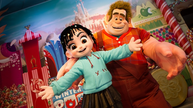 Ralph and Vanellope in front of a backdrop at Disney's Hollywood Studios