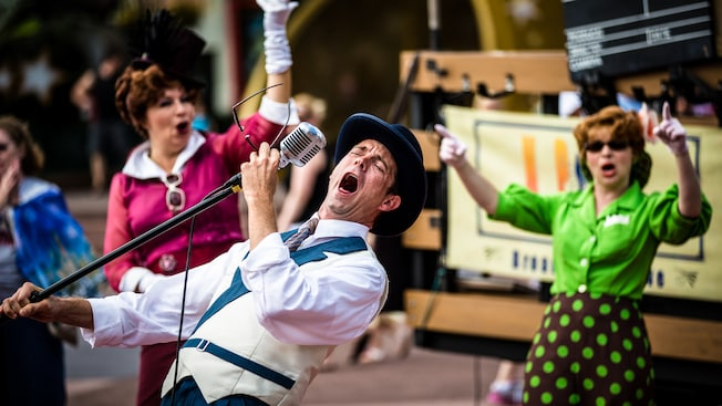 Delight in the wild and whacky antics of the improvisational acting troupe that brings special old-style Hollywood magic to Hollywood Boulevard at Disney's Hollywood Studios.