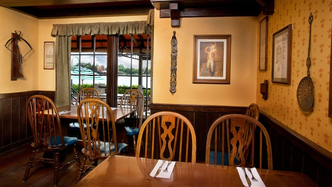 Rose & Crown Dining Room | Walt Disney World Resort