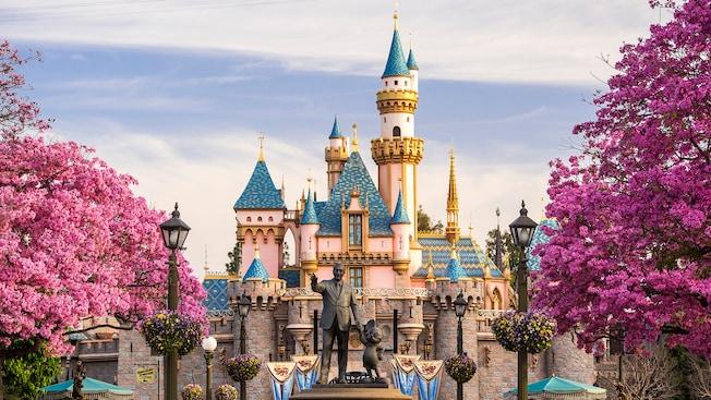 Disneyland abrirá parque temático en Suramérica.