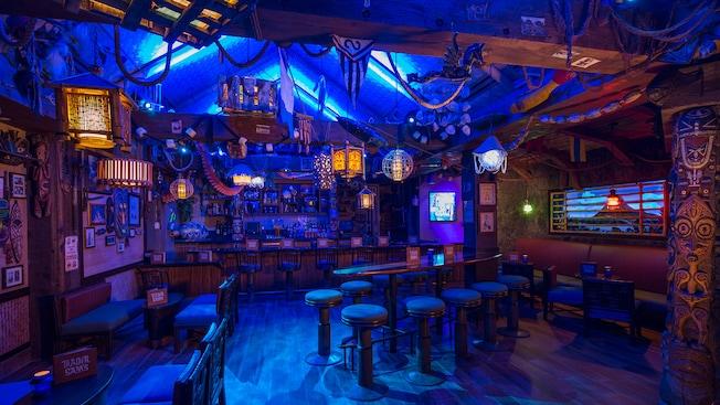 Trader Sam S Grog Grotto And Tiki Bar Walt Disney World