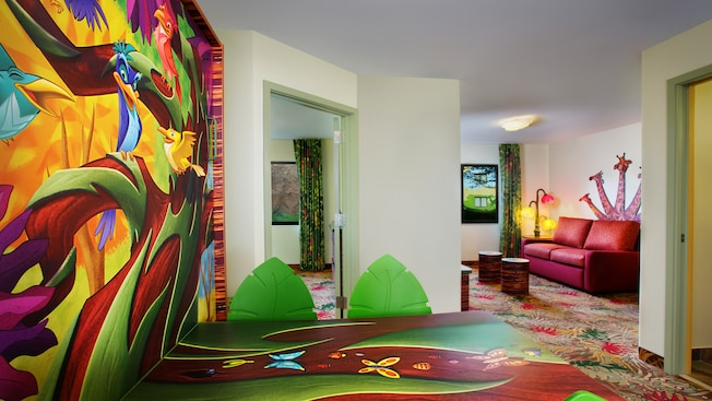 16 Breathtaking Disney Hotel Suites Everyone Should Stay