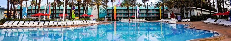Piscina Surfboard Bay con temática de la playa