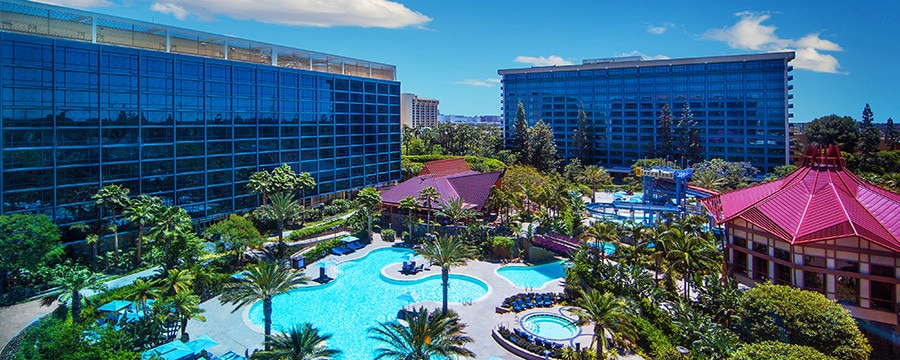 Disneyland Hotel in California and its outdoor pool area
