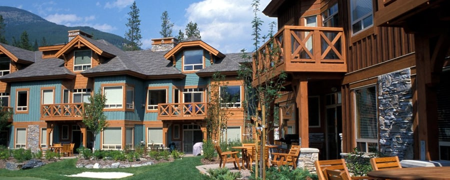 The exterior of Club Intrawest - Panorama Resort in Canada
