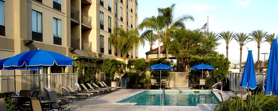 Hampton Inn Suites Good Neighbor Hotels Disneyland Resort