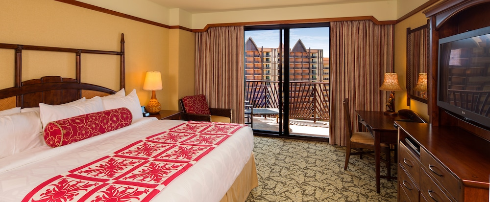 One Bedroom Parlor Suite | Aulani Hawaii Resort & Spa