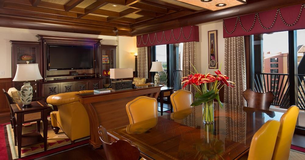 2 Bedroom Suites Near Disney World 2 Bedroom Suites In Anaheim Ca Family Suites In Anaheim Ca