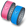 Un icono de una magic band rosa y azul
